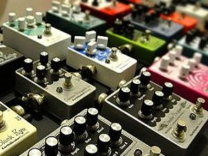 Phasers, flangers, choruses, distortion pedals, we have them all